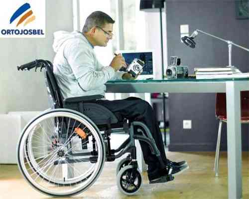 SILLA ACTION 4 NG INVACARE